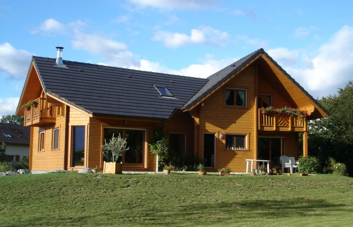 Photo de maison en bois for Couleur de maison en bois