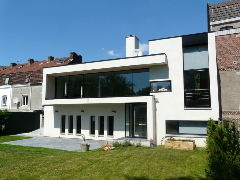 Photo de maison en pierre d architecte toit plat for Modele maison en pierre