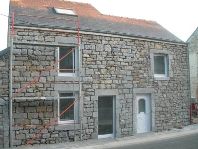Maison en pierre for Modele maison pierre