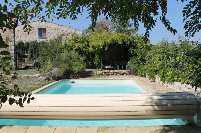 Maison en pierre avec piscine for Voir piscine