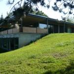 photo de maison en pierre moderne toit plat