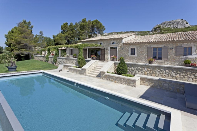 maison provencale avec piscine