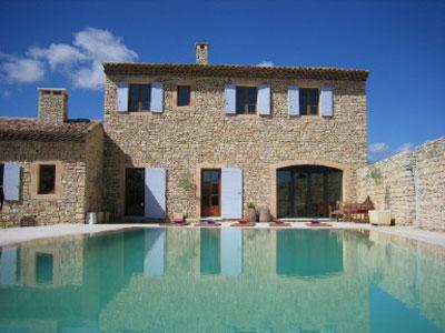 Maison provencale avec piscine for Modele maison avec piscine