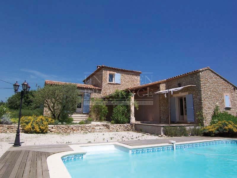 Photo de maison en pierre avec piscine - Maison avec piscine a debordement ...
