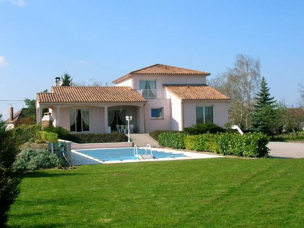 Photo De Maison Provencale Avec Piscine