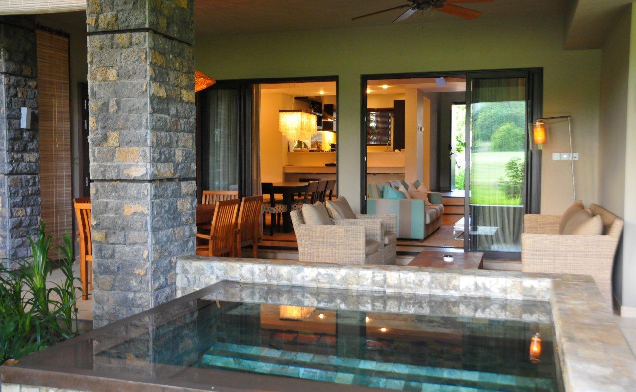 Des iles avec piscine 2014 for Appartement avec piscine paris