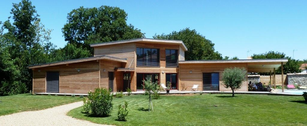 Maison en bois for Maison contemporaine 140m2