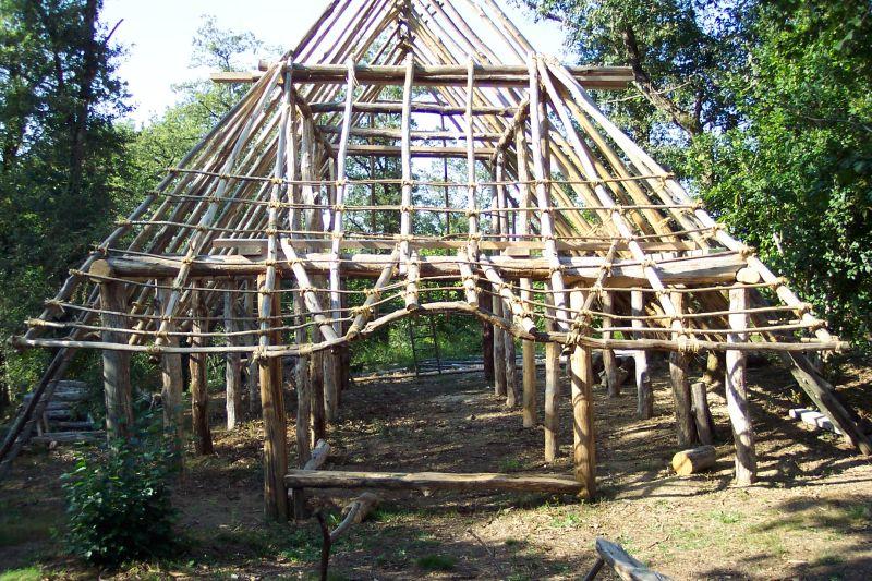 Image maison gauloise for Construire une maison gauloise