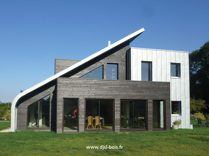 Maison contemporaine ossature bois for Construction maison 80000 euros