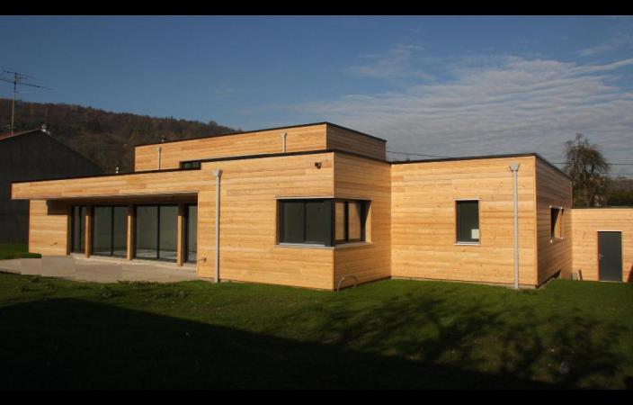 Maison moderne bois for Maison en bois moderne