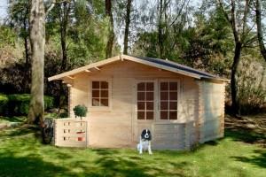 chalet bois pour jardin. Black Bedroom Furniture Sets. Home Design Ideas