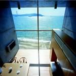maison moderne bord de mer