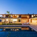 maison moderne avec piscine