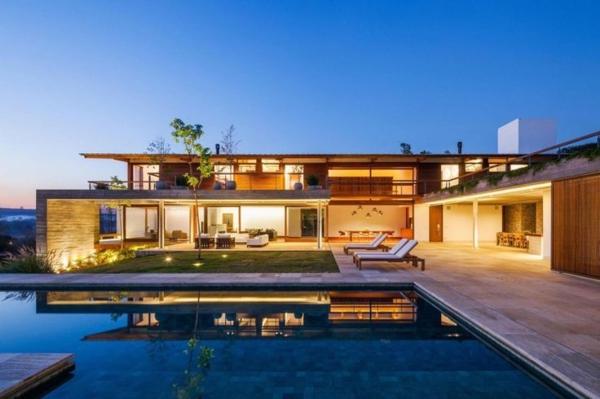 Maison moderne avec piscine for Modele maison avec piscine