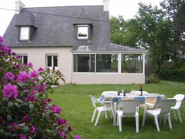 maison avec veranda integree maison avec veranda photos de conception cr er une cuisine dans. Black Bedroom Furniture Sets. Home Design Ideas
