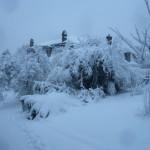 image maison sous la neige
