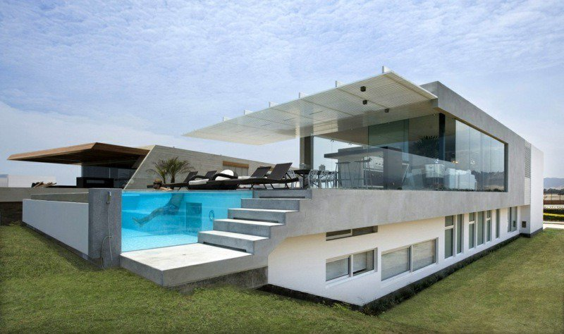 Maison architecte moderne piscine for Modele piscine