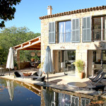 maison moderne bois et pierre