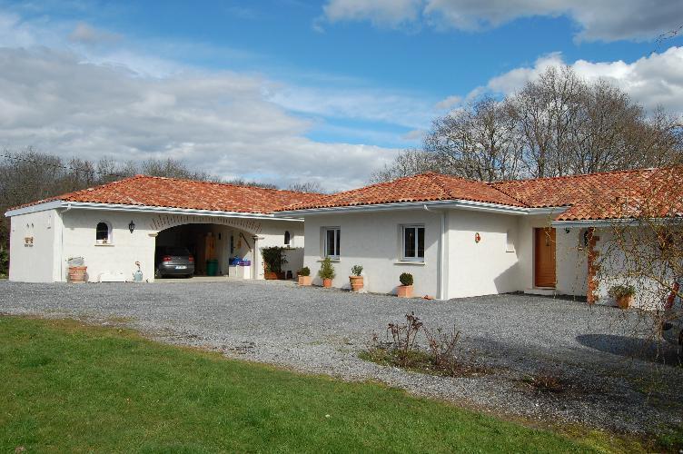 Maison Architecte Plain Pied. Maison P M Urrugne With Maison ...
