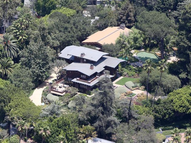 Photo de maison vue du ciel for Photo vue du ciel de ma maison