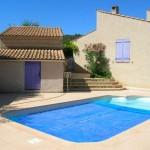 photo de maison avec piscine