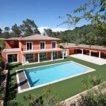 photo terrasse maison provencale