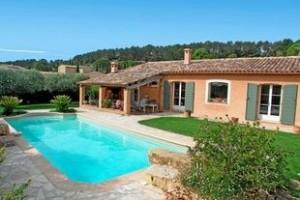 de maison provencale avec piscine Construction
