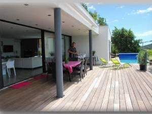 de maison des iles avec piscine toit plat Construction