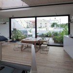 maison moderne baie vitrée